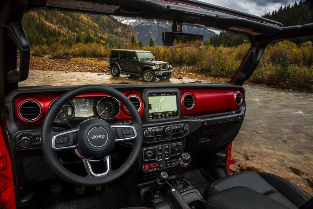 jeep-wrangler-2018-interior_coevi2